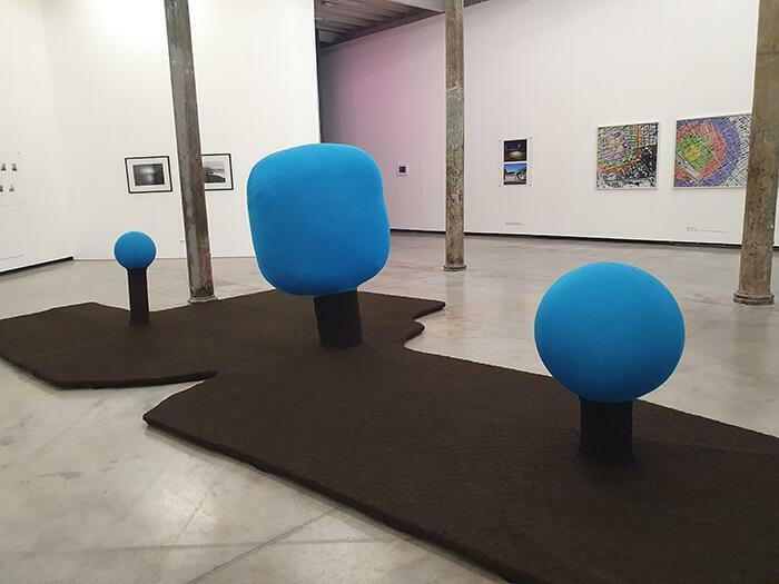 Marina De Caro. La isla de árboles turquesas, 2005/2020